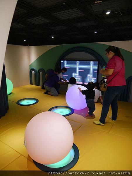 建築樂園銀河時代館