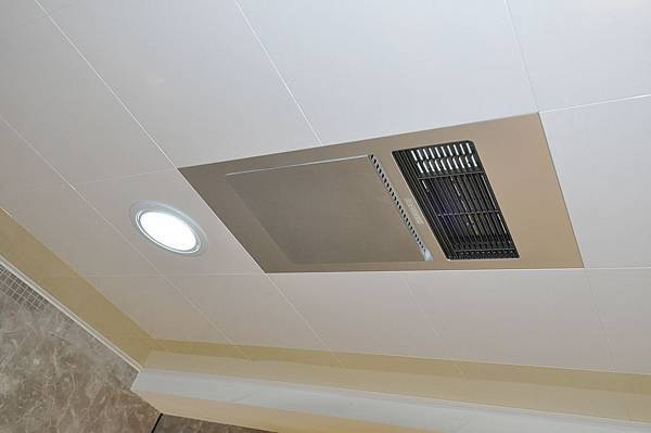 BM浴室暖風機