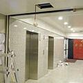 BM鋁合金系統天花辦公大樓梯廳
