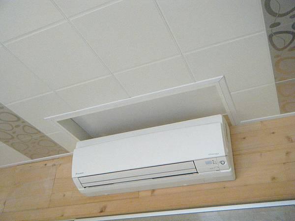 天花板施作須注意冷氣回風口