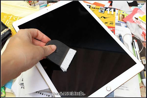 為ipad pro貼上imos及與13吋nb外觀比較  - 7