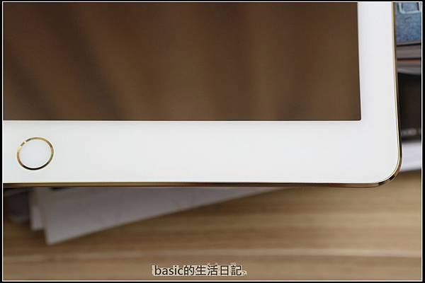 為ipad pro貼上imos及與13吋nb外觀比較  - 8