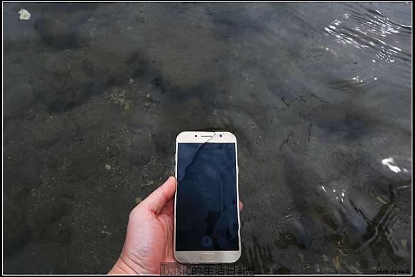 出門在外 , 防水要有 ,IP68防水新機Galaxy A7 2017水秘境評測分享.. - 6