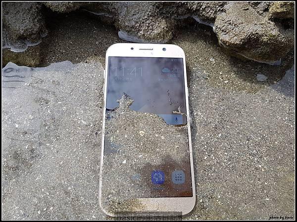 出門在外 , 防水要有 ,IP68防水新機Galaxy A7 2017水秘境評測分享.. - 9
