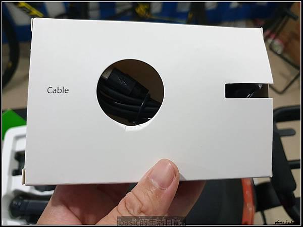 紅外線偵測 , 自動開闔車用無線充電手機架開箱使用分享(C11)