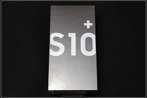 Galaxy S十週年了 , S10+精緻開箱(加上與其它手機比一比外觀) - 2