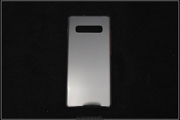 Galaxy S十週年了 , S10+精緻開箱(加上與其它手機比一比外觀) - 10