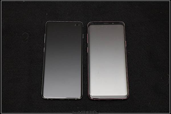 Galaxy S十週年了 , S10+精緻開箱(加上與其它手機比一比外觀) - 27