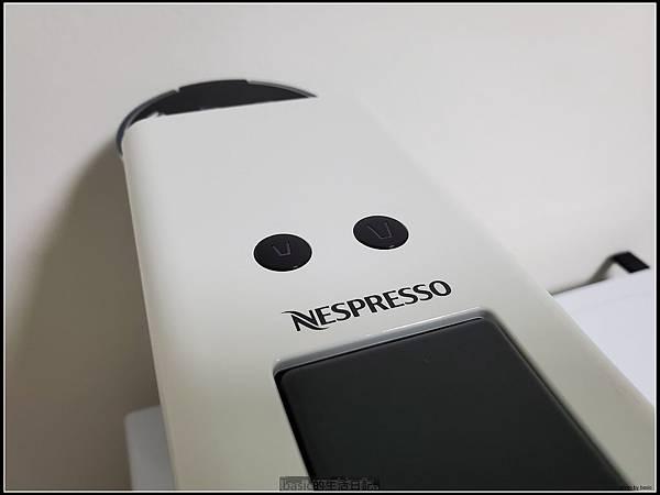 Nesprosso Essenza Mini膠囊咖啡機開箱 , 分享