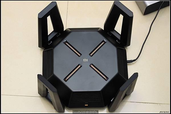真  航空母艦–小米超弩級AX9000無線分享器開箱分享