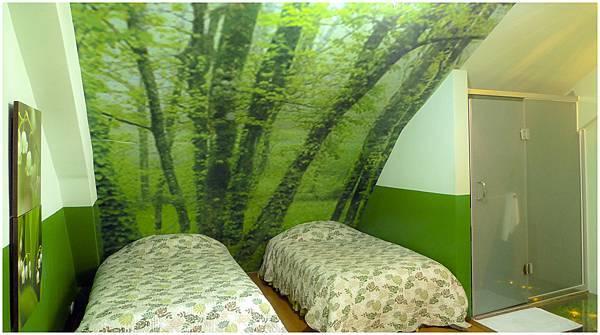 三樓客房 春天綠色2.jpg