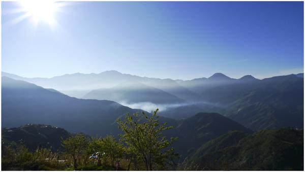 欣賞中央山脈1.jpg