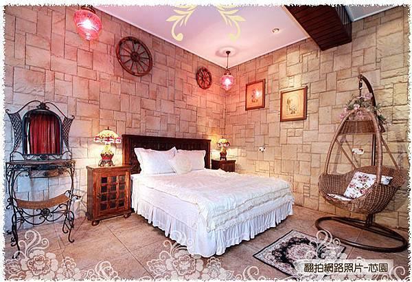 國王城堡臥房區.jpg