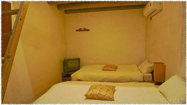 北山洋樓寢室01