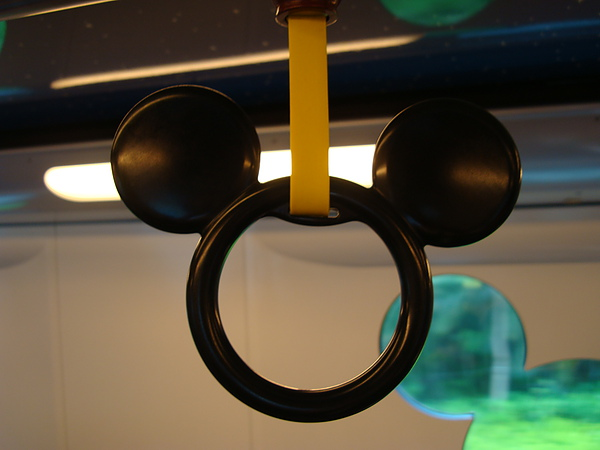 吊環也是米老鼠