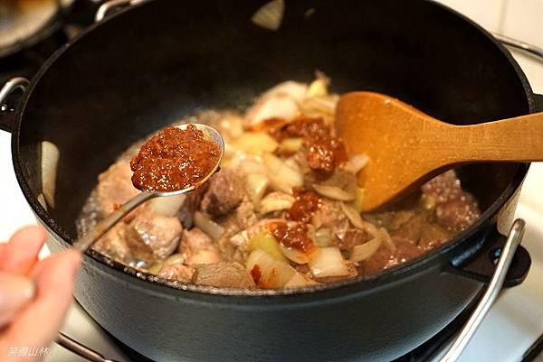 103-09-21 番茄燉牛肉 (6).jpg