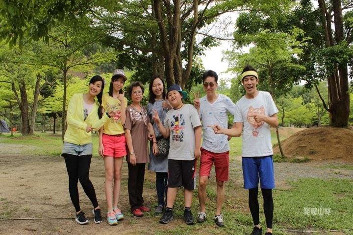 105-04-27 與東森幼幼台一起露營去 不遠山莊 (37).jpg