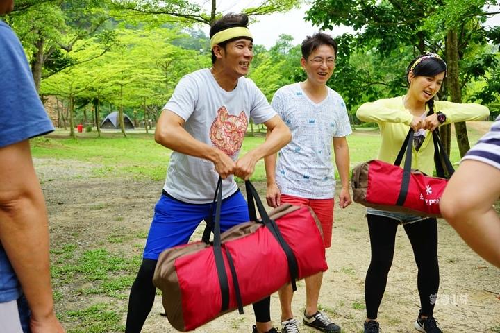 105-04-27 與東森幼幼台一起露營去 不遠山莊 (54).jpg