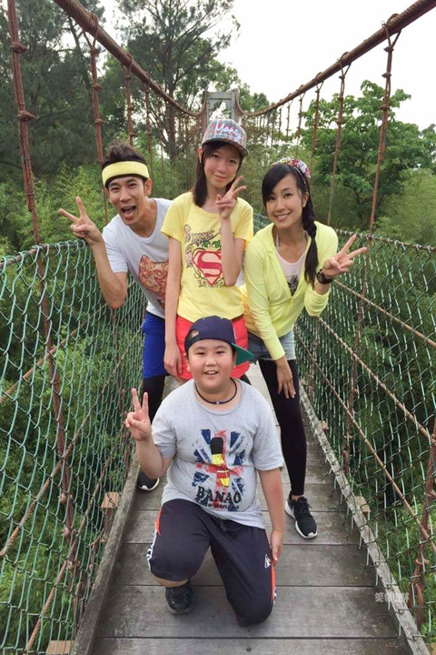 105-04-27 與東森幼幼台一起露營去 不遠山莊 (80).jpg
