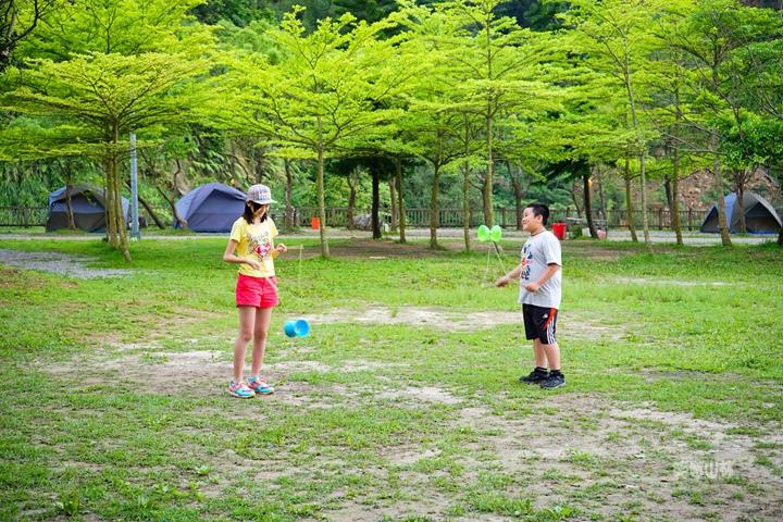 105-04-27 與東森幼幼台一起露營去 不遠山莊 (93).jpg