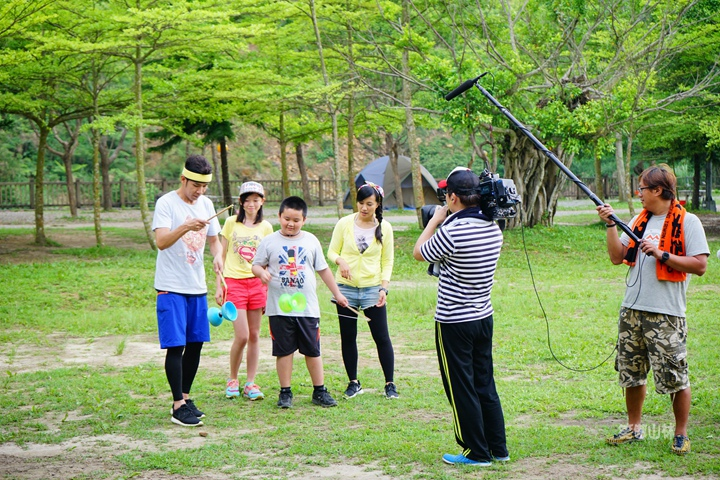 105-04-27 與東森幼幼台一起露營去 不遠山莊 (98).jpg