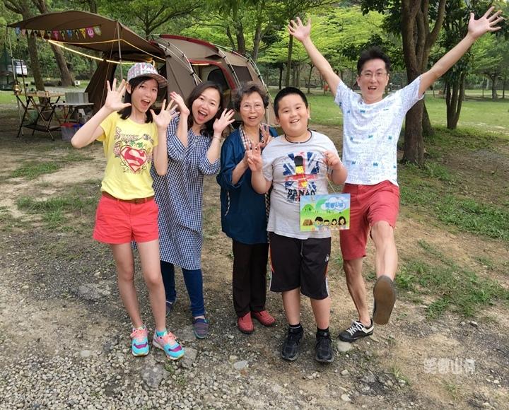 105-04-27 與東森幼幼台一起露營去 不遠山莊 (116).jpg