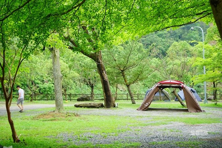 105-04-28 與東森幼幼台一起露營去 不遠山莊 (20).jpg