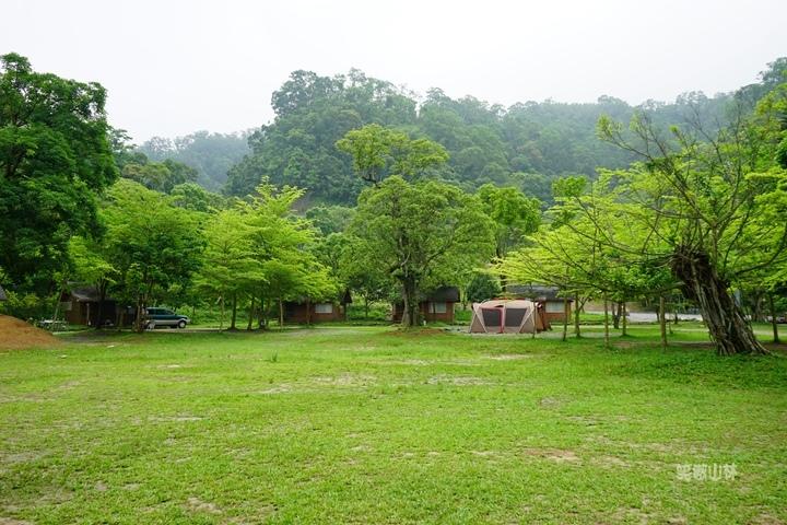 105-04-28 與東森幼幼台一起露營去 不遠山莊 (75).jpg