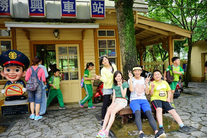 105-04-28 與東森幼幼台一起露營去 不遠山莊 (108).jpg