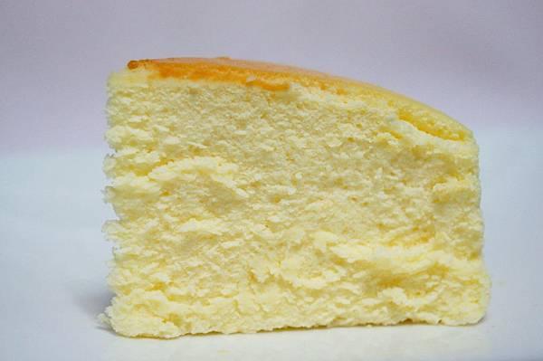 團購美食-濃郁的大理石重乳酪和原味輕乳酪[ 起司工坊 ]