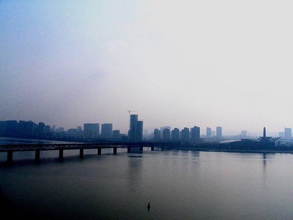 六和塔遠眺錢塘江景
