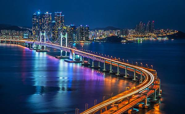 ironman 703 busan night bridge