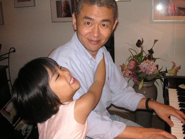 Dad&Oli piano.JPG
