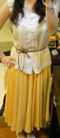 長裙黃1.jpg