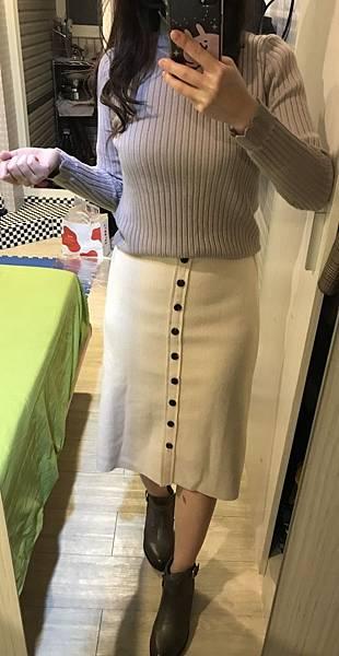 白針織裙1.jpg