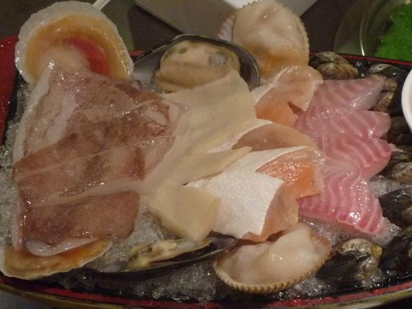 P1030033 八種魚貝類.JPG