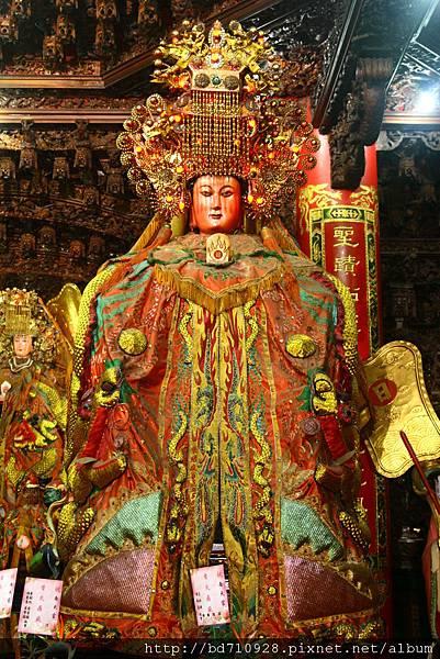 南方澳南天宮一樓後殿天上聖母聖像