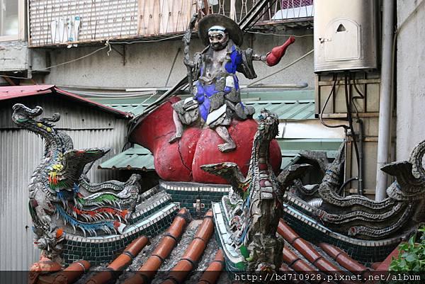 金爐頂李鐵枴雕像