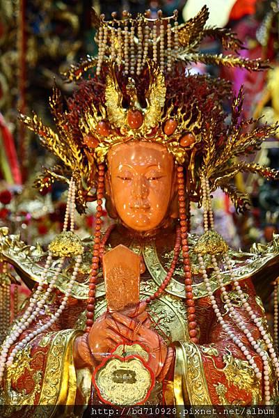 南方澳進安宮寶石珊瑚媽祖聖像臉部特寫