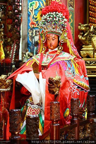 南方澳進安宮聖母母親聖像