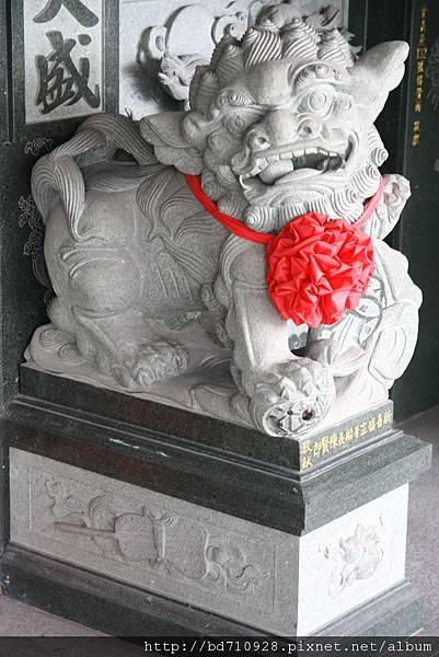 一樓永福宮廟前石獅