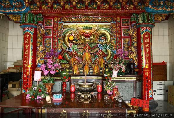 二樓海神廟正殿,主祀:海神爺