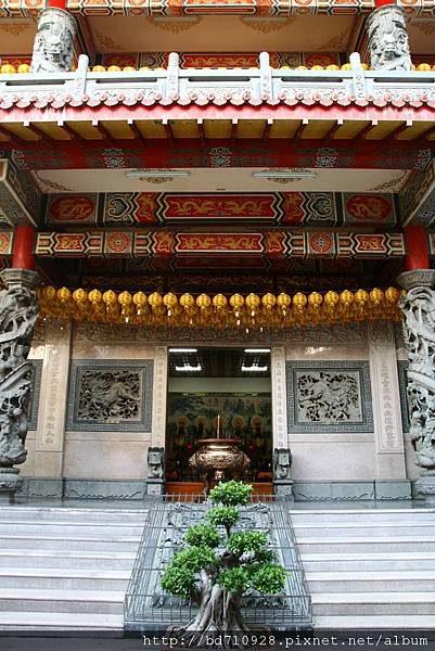 台中元保宮後殿為「凌霄寶殿」