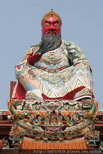 台中南天宮關聖帝君大神像,高146尺