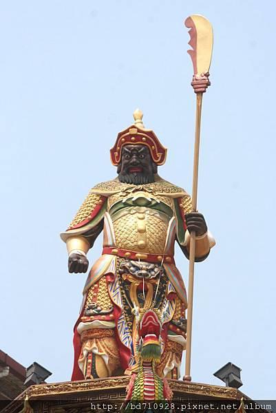 台中南天宮廟頂周倉將軍像