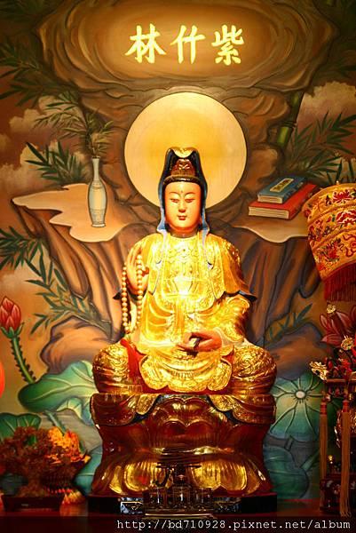 台中南天宮武財殿觀世音菩薩聖像