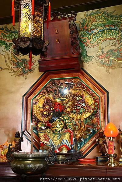 台中南天宮財神殿,主祀:關聖帝君