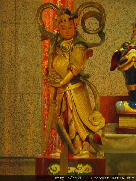 台北大龍峒保安宮大雄寶殿韋馱菩薩聖像