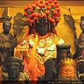 霞海城隍廟城隍夫人殿虎邊神龕,奉祀:註生娘娘