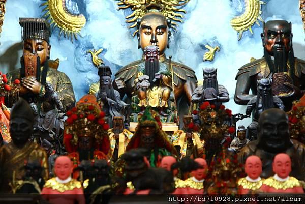 嘉義大天宮鎮殿神農聖帝、伏羲聖帝、軒轅聖帝聖像